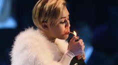 Miley Cyrus : elle fume un joint aux MTV Music Awards