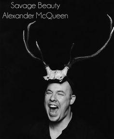 """Exposición homenaje a Alexander Mc Queen """"Savage Beauty"""" en Londres www.yohanasant.es Personal Shopper en Asturias"""
