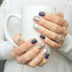 This post contains some of the best nails ideas. These ideas will inspire you to come up with a gorgeous nails design. Besides, they are simple. Flower Nail Designs, Nail Art Designs, Creative Nail Designs, Nails Design, Winter Nails, Spring Nails, Summer Toenails, Autumn Nails, Cute Nails