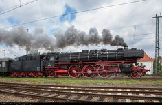 """""""Pacific"""" steamlocomotive 01 202 of the association """"Pacific 01 202"""" in Lyss/Switzerland, is leaving Neustadt an der Weinstrasse with a train to Mannheim-Heilbronn."""