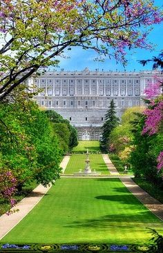 Formal Gardens at the Royal Palace, located in Madrid Spain. The Palacio Real de Madrid is the official residence of the Spanish Royal Family. However, the Palace is only used for State Ceremonies. Places Around The World, The Places Youll Go, Travel Around The World, Places To See, Around The Worlds, Beautiful World, Beautiful Places, Beautiful Park, Beautiful Castles