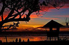 Dos personas necesitarían unos US$1,671 mensuales para vivir bien en esta isla, que cuenta con selvas y barreras de coral. El truco sería comprar comida lo más local posible, recalca Live and Invest Overseas, Además, Peddicord aseguró que los locales se encuentran entre las personas más amables y serenas del mundo. Foto: flickr.com/drewsdigitalpics/3432995441/