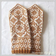 Ravelry: Påskekos pattern by Marianne Skjelstad Knit Mittens, Knitted Gloves, Fair Isle Knitting, Knitting Charts, Hand Warmers, Knitting Projects, Fiber Art, Ravelry, Diy And Crafts