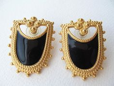 Decorative black enamel large pierced gold tone earrings vintage 1980 #Pierced