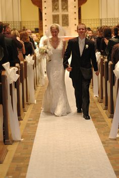Just Married! Pronovias Lace Wedding Gown.