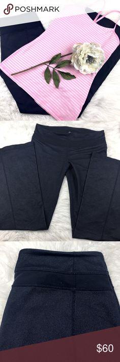 """SALE Lululemon Blue Denim Look Yoga Pants Fantastic  Lululemon Blue Denim Look Yoga Pants 33"""" Inseam lululemon athletica Pants"""