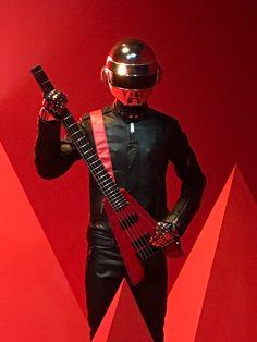 Daft Punk, Thomas Bangalter, Cool Robots, Reyes, Darth Vader, Twitter, Shirt, People, Check