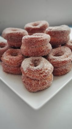 Spanish Dishes, Homemade Donuts, Pan Dulce, Donut Recipes, Flan, Doughnut, Sweet Tooth, Sweets, Cooking