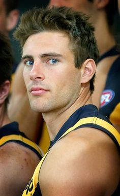 Australian Football League(AFL) is a sport that is loved country wide! Here is Shaun Hampson who plays for the Richmond Tigers Richmond Football Club, Richmond Afl, Australian Football, Handsome Faces, Handsome Man, Athletic Men, Sport Man, Male Face, Attractive Men