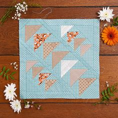 Jo Avery Flying Geese block of the month for issue 16 of @todaysquilter magazine #amonthinthecountry #quiltblocks #patchwork #quilting http://www.todaysquilter.com/magazine/todays-quilter-issue-16/