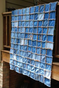 easy blue jean quilt. Printing for my mom! | Sewing | Pinterest ... : denim quilts pinterest - Adamdwight.com