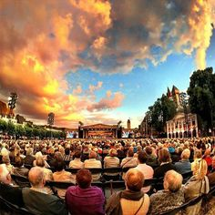 Incredible picture of the Vrijthof during the André Rieu concert.