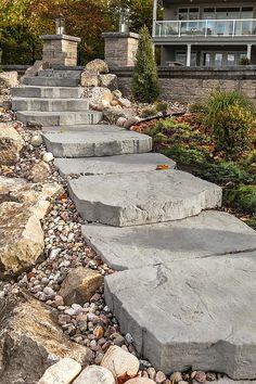 "Techo-Bloc - Maya Step Riviera, Weatherface Boulders, 1"" - 3"" River Jack"