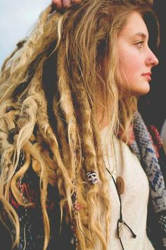 Neglect method for dreads.