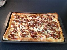 Meals on a Budget: DIY Montgomery Inn Pulled Pork Pizza - CincyShopper