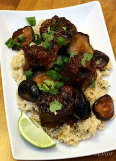Cairns Manor - Asian-inspired Braised Oxtails for the March Daring Cooks challenge. Another one to visit often!