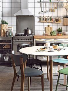 He incluido esta nueva sección en el Blog llamada Casa y hogares, donde nos colaremos en casas reales para estudiar y aprender como aprovechan el espacio o como decoran sus ambientes hasta convertirlo