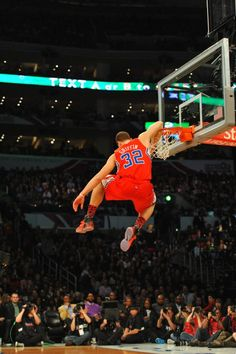 blake griffin...my heart will always be with derrick rose, but it is impossible not to love this man.