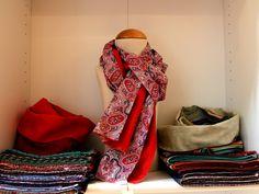 #DIY im #Friedrichshain Jaqueline zeigt ihre wunderschönen Schals bei uns. Schaut aufs Thermometer und kommt zu uns!