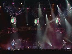 Sobredosis De TV por Soda Stereo está en #Vevo, miralo ya! http://vevo.ly/ojocbN