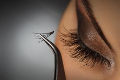 How to Apply Eyelash Extensions Yourself At Home