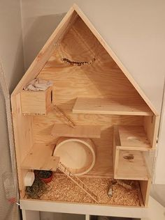 Homemade chinny cage in the form of a little house :)