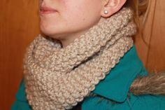 Seed Stitch Chunky Knit Cowl