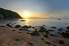 Ao Leuk beach in Koh Tao