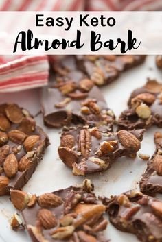 Keto Easy Almond Bark This Keto Easy Chocolate Almond Bark recipe is like a homemade candy bar with all your favorites. - This Keto Easy Almond Bark recipe is a like a homemade candy bar with all your favorites. Desserts Keto, Desserts Sains, Keto Snacks, Easy Keto Dessert, Keto Sweet Snacks, Frozen Desserts, Keto Cookies, Cookies Et Biscuits, Chip Cookies