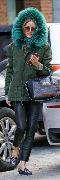 Olivia Palermo inJacket – Mr. and Mrs. Italy Purse – Givenchy sunglasses – Fendi Shoes – Alexander McQueen