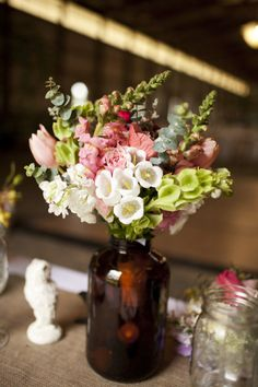 photography by lauren-wakefield.com, flowers by harvestmoonflowerfarm.com