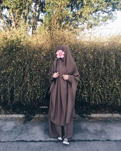 Khimar by ? can find Niqab and more on our website.Khimar by ? Hijab Style Dress, Casual Hijab Outfit, Hijab Niqab, Muslim Hijab, Hijabi Girl, Girl Hijab, Niqab Fashion, Muslim Fashion, Muslim Girls