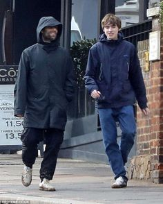 Gene Gallagher, Lennon Gallagher, Liam Gallagher Oasis, Oasis Music, Oasis Band, Liam And Noel, Indie Boy, Britpop, Band Photos