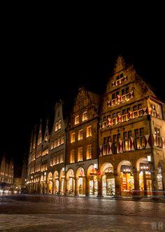 Prinzipalmarkt Münster, Germany ||| Bilder Foto Agentur Münster - FOTOSUCHEN.COM - Bildagentur Bilderdatenbank Fotos Münster - Professionelle Fotos aus Münster, Bilderdatenbank und weltweite Auftragsfotografie - FOTOSUCHEN.COM