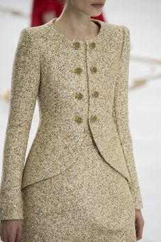 Chanel Haute Couture Fall 2014-2015, details