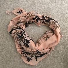 Host pick 12/26!! Peach and black scarf Lightweight scarf perfect H&M Accessories Scarves & Wraps
