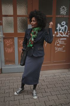 Polka dots, Boss Blazer and my scarf from Eritrea. Street Snap, James Dean, Blazer, Rock, Workwear, Polka Dots, Women's Fashion, Winter, How To Wear