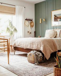 Bedroom Green, Dream Bedroom, Home Bedroom, Bedroom Decor, Green Bedroom Design, Master Bedroom, Home Interior, Interior Design, Interior Livingroom