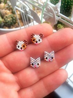 Seed Bead Crafts, Seed Bead Projects, Seed Bead Jewelry, Bead Jewellery, Seed Bead Earrings, Beaded Earrings Native, Beaded Earrings Patterns, Beading Patterns, Earrings Handmade