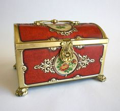 Vintage Tin Box English Victorian Roses Trinket Box.