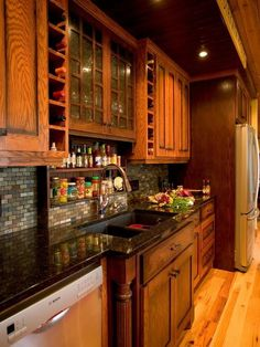 Beautiful Kitchen. Love The Back Splash......