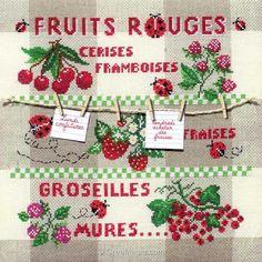 Broderie modele point de croix Marie Coeur fruits rouges                                                                                                                                                      Plus