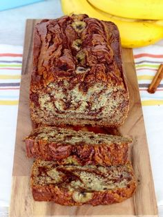 Cinnamon Swirl Banana Bread - I skipped the banana slices on top. It was delicious! Buttermilk Banana Bread, Cinnamon Banana Bread, Flours Banana Bread, Gluten Free Banana Bread, Vegan Banana Bread, Easy Banana Bread, Bread Machine Banana Bread, Homemade Banana Bread, Chocolate Banana Bread