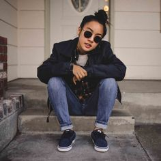 Tatiana Manaois Urban Chic Outfits, Tomboy Outfits, Jean Outfits, Tomboy Clothes, Androgynous Fashion, Tomboy Fashion, Fashion Killa, Look Fashion, Girl Fashion