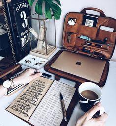 """31 gilla-markeringar, 3 kommentarer - Eugenia Juárez (@monigotecuadernosamano) på Instagram: """"Nuevo libro de firmas. Nueva técnica también. #guestbook #librodebodas #longstitchbinding…"""""""