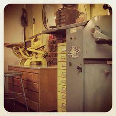 Letterpress behind the scenes / X-Ray Book Co. Vandercook + C