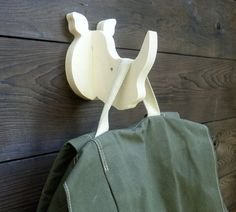 Rhino wall hook: playful plywood rhino head wall hanger for coats, towels, bags, hats, backpacks - great for a safari theme nursery Safari Theme Nursery, Nursery Themes, Wooden Projects, Wooden Crafts, Wall Hanger, Wall Hooks, Hangers, Woodworking Plans, Woodworking Projects