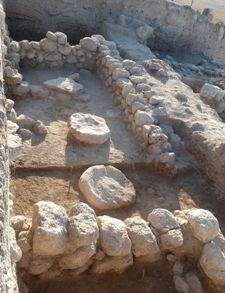On Monday, November 12, 2012, Tel Aviv University archaeologists announced the discovery of an 11th-century B.C.E. sacred compound at Tel Beth-Shemesh.