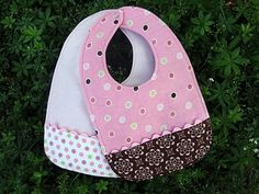 bib tutorial- anyone need some bibs? So cute