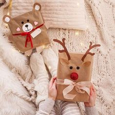 christmas mood # christmas mommo design: 10 DIY GIFT WRAP IDEAS - Gifts and Costume Ideas for 2020 , Christmas Celebration Christmas Gift Wrapping, Diy Christmas Gifts, Christmas Decorations, Christmas Ornaments, Christmas Design, Christmas Flatlay, Tree Decorations, Diy Crafts To Do, Christmas Night